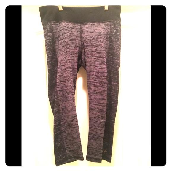 90076a9056f9 Champion Pants - Champion Capri Workout Leggings Two Toned Gray